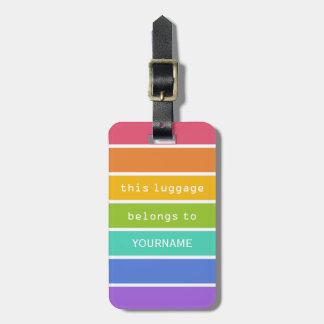 El arco iris colorea la etiqueta de encargo del eq etiquetas maletas