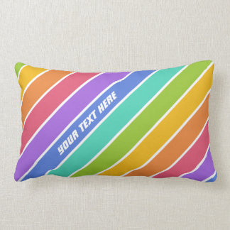 El arco iris colorea las almohadas de tiro de enca