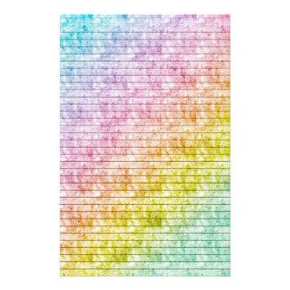 El arco iris colorea los efectos de escritorio con papelería de diseño