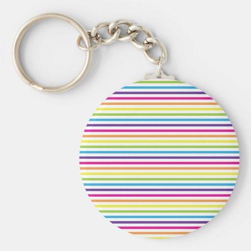 El arco iris colorido raya los regalos del modelo  llavero