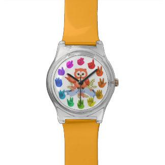 El arco iris del Owlet da números del asl Relojes De Pulsera
