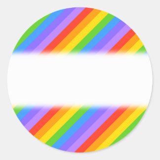 El arco iris diagonal raya el modelo pegatina redonda