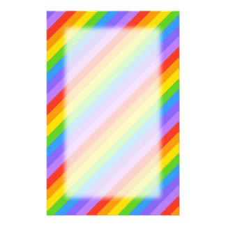 El arco iris diagonal raya el modelo personalized stationery