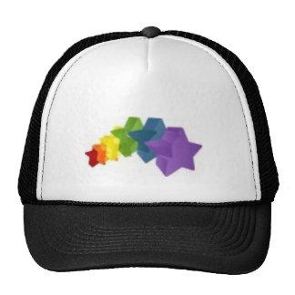 El arco iris protagoniza el gorra