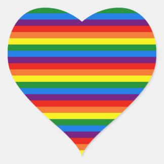 El arco iris raya la ayuda del orgullo gay LGBT Pegatina En Forma De Corazón