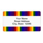 El arco iris raya la etiqueta de envío