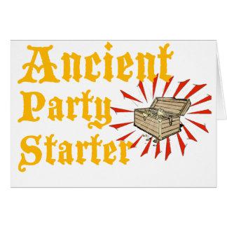 El arrancador antiguo del fiesta piratea humor del tarjeta de felicitación