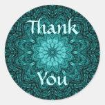 El arte azul bonito de la mandala de la flor le etiqueta redonda