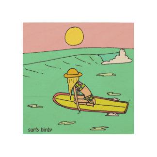 El arte de Surfy Birdy guarda el moverse adelante Impresión En Madera