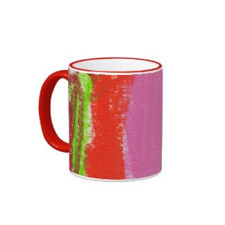 El arte del niño en la taza de café