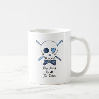 El arte muerto ningunos cuentos (azules) taza