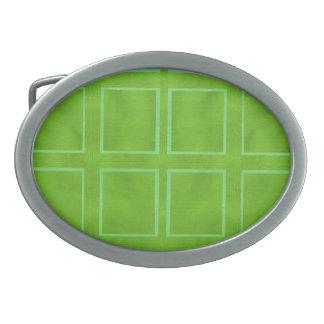 El ARTISTA creó el fondo verde del control Hebilla De Cinturón Oval
