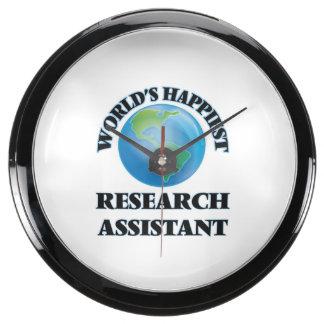 El asistente de la investigación más feliz del relojes acuario