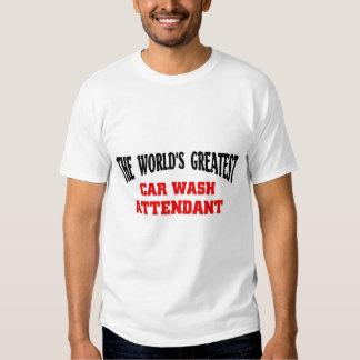 El asistente más grande del túnel de lavado camisas