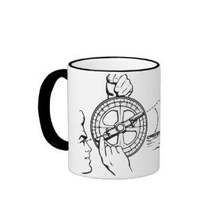 El astrolabio del marino taza a dos colores