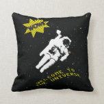 El astronauta perdido en la almohada del universo