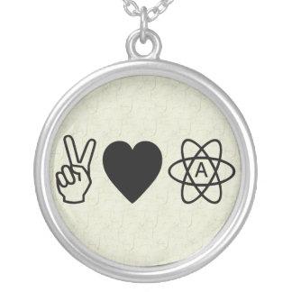 El ateísmo del amor de la paz collar plateado
