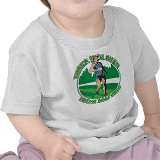 El atletismo de las mujeres camisetas