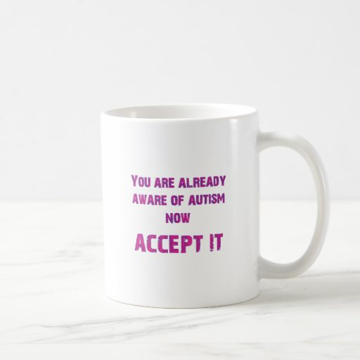 El autismo lo acepta rosado/púrpura tazas de café