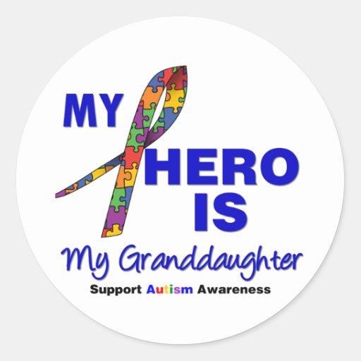 El autismo mi héroe es mi nieta pegatina redonda