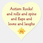 El autismo oscila al pegatina del corazón