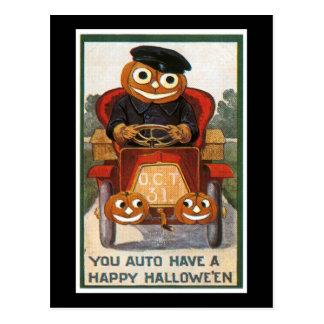 El auto tiene un feliz Halloween Tarjeta Postal