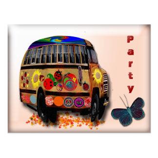 El autobús de la mariquita invita tarjeta postal