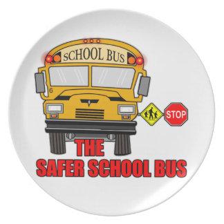 El autobús escolar más seguro platos de comidas