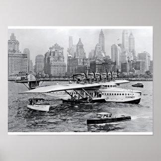 El avión de mar visita Apple grande Posters