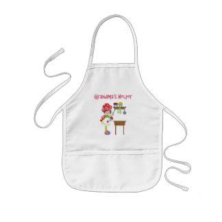 El ayudante de la abuela en la cocina delantal infantil