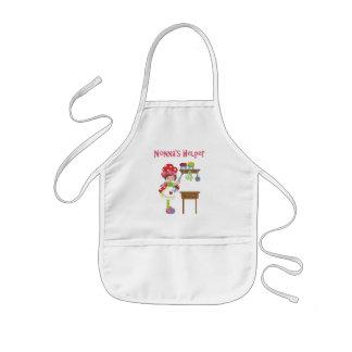 El ayudante de Nonna en la cocina Delantal Infantil