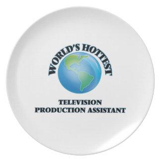 El ayudante más caliente de la producción de la platos para fiestas
