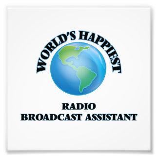 El ayudante más feliz de la emisión de radio del fotografías