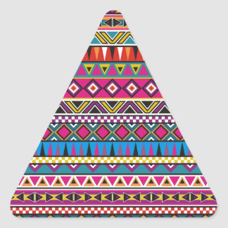 El Azteca inspiró el modelo Pegatina Triangular