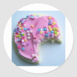 El azúcar asperja la galleta pegatinas redondas