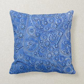 El azul adapta la almohada de tiro