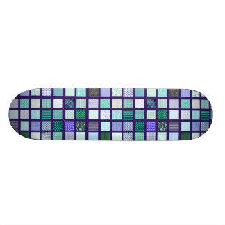 El azul ajusta el modelo de mosaico skate board