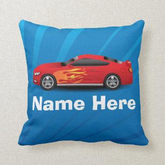 El azul brillante con el coche de deportes rojo almohadas
