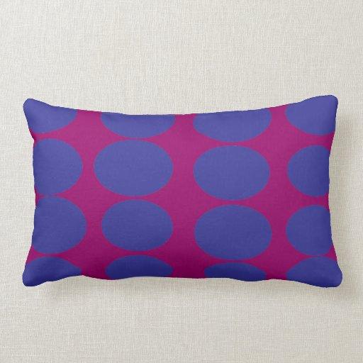 El azul circunda el amortiguador de la almohada de