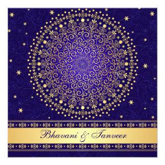 El azul complejo oro enrolla las estrellas que el invitación