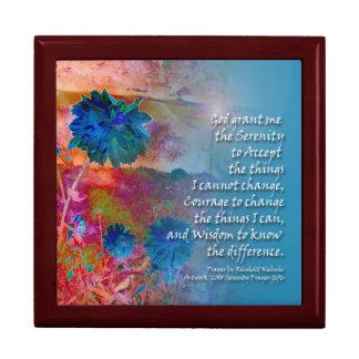 El azul de la serenidad florece la caja de regalo