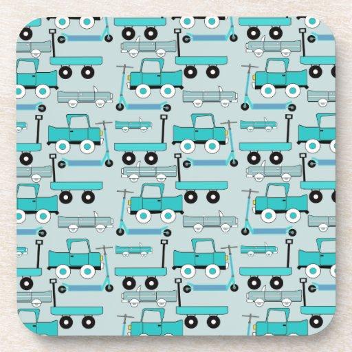 El azul de los muchachos rueda los camiones retros posavasos de bebida