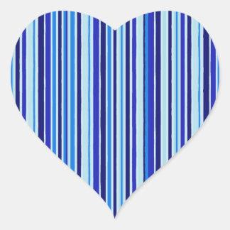 El azul entona al pegatina del corazón de las