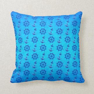 El azul envía la rueda y el ancla cojin