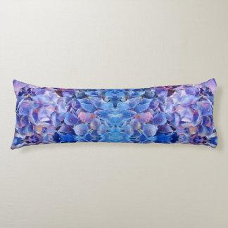 El azul Huggable de los Hydrangeas florece el Almohada