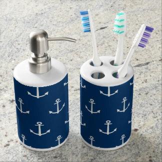 El azul marino ancla el modelo 1 set de baño