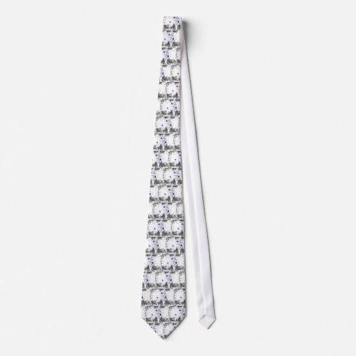 El azul puntea la corbata