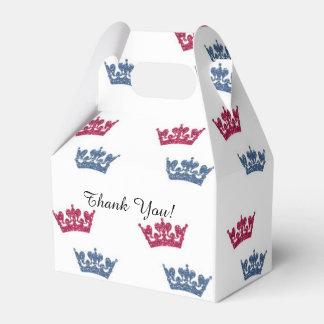 El azul rosado de los gemelos corona las cajas del caja para regalos de fiestas