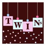El azul rosado gemelo bloquea la fiesta de comunicados