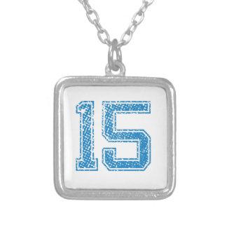 El azul se divierte Jerzee número 15 Colgante Cuadrado